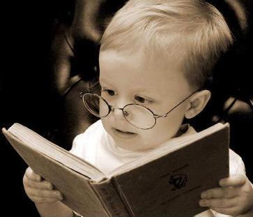 baby_w-glasses